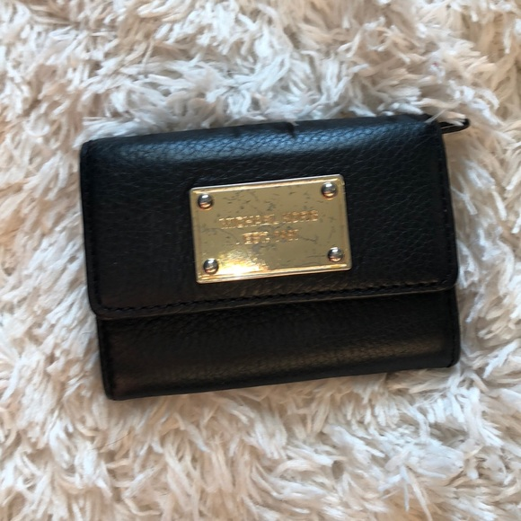 a456a8e00dec Michael Kors Bags | Small Black Wallet | Poshmark